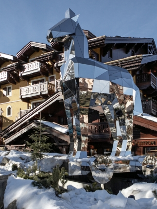 Le Vuitton ski lodge