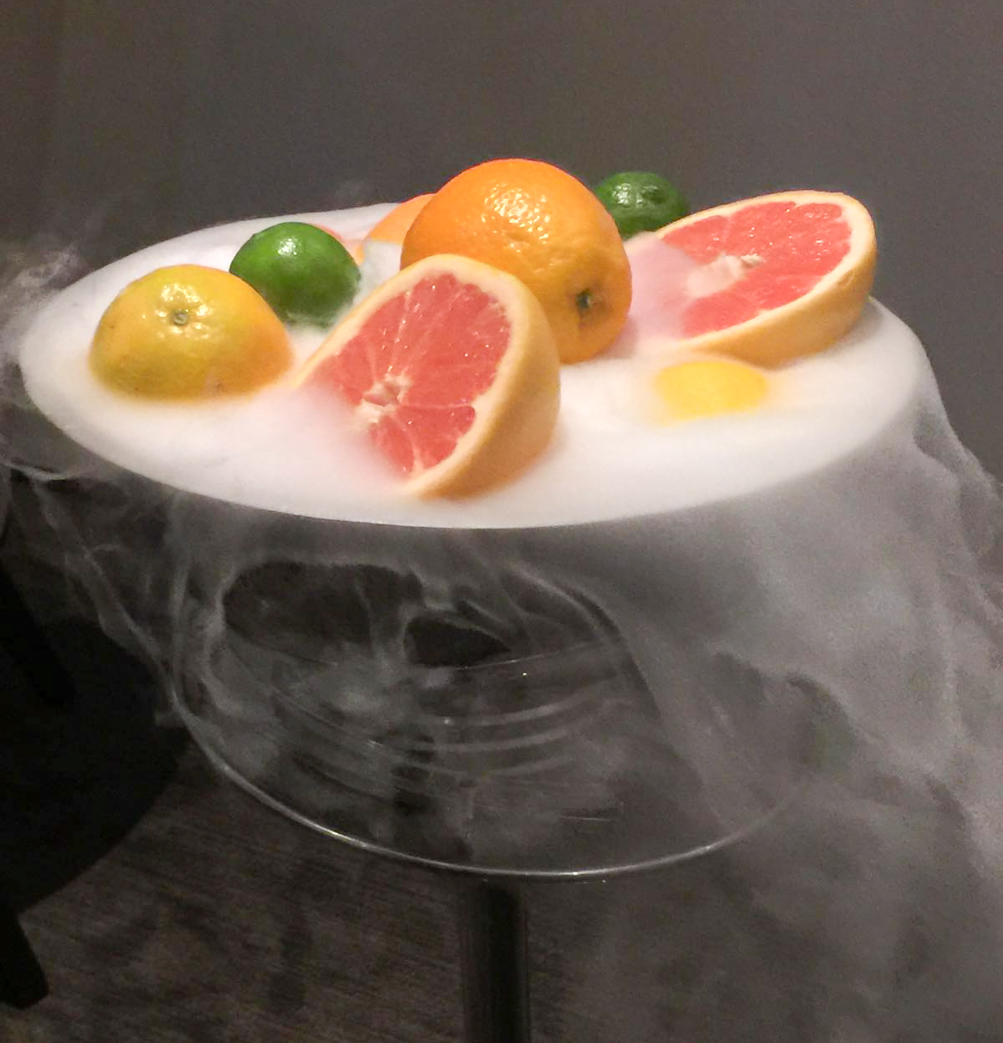 Smoke and mirrors neil stewart reviews alinea chicago for Cuisine alinea