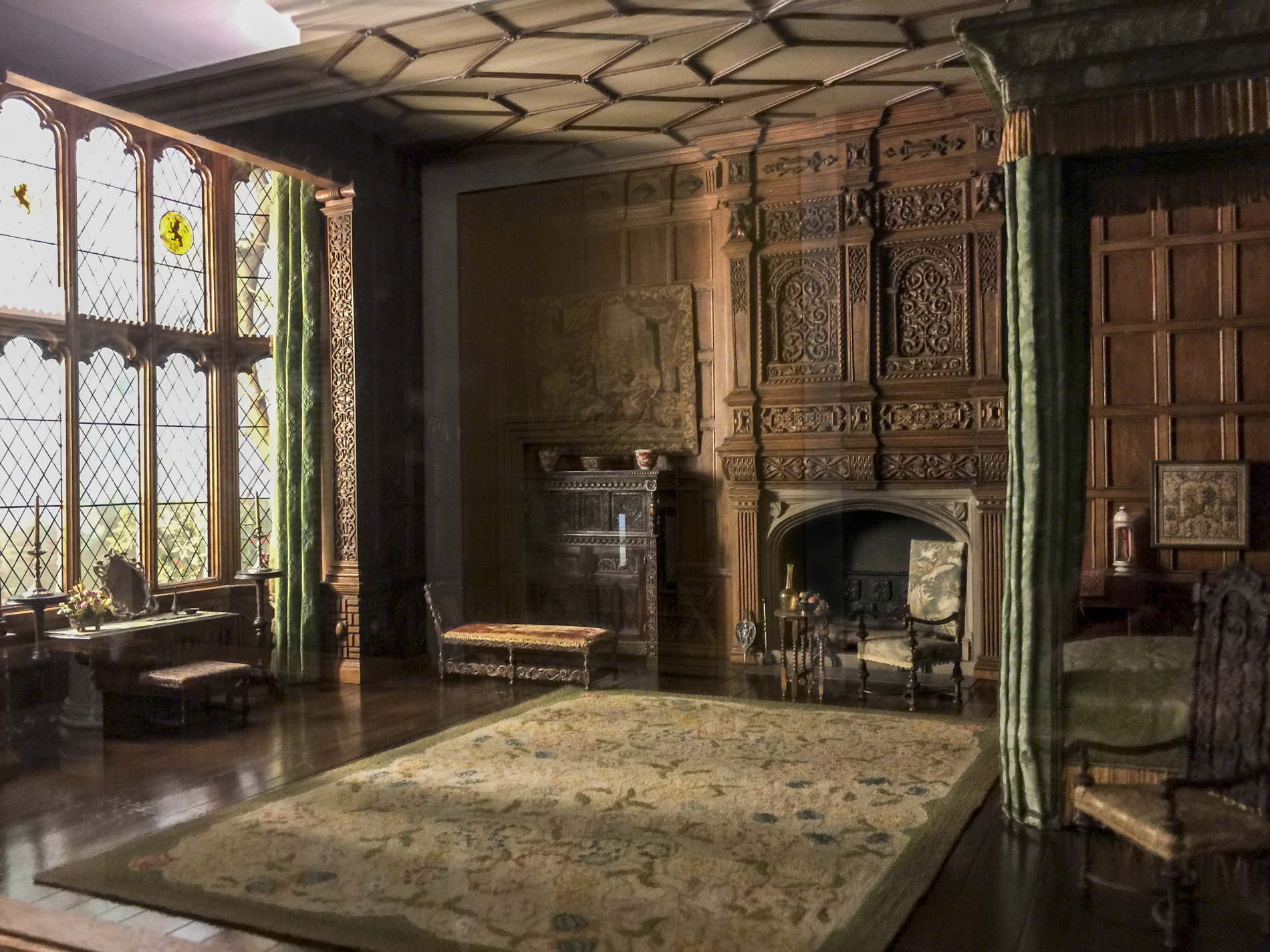 Tudor bedroom, Thorne Rooms, Art Institute of Chicago