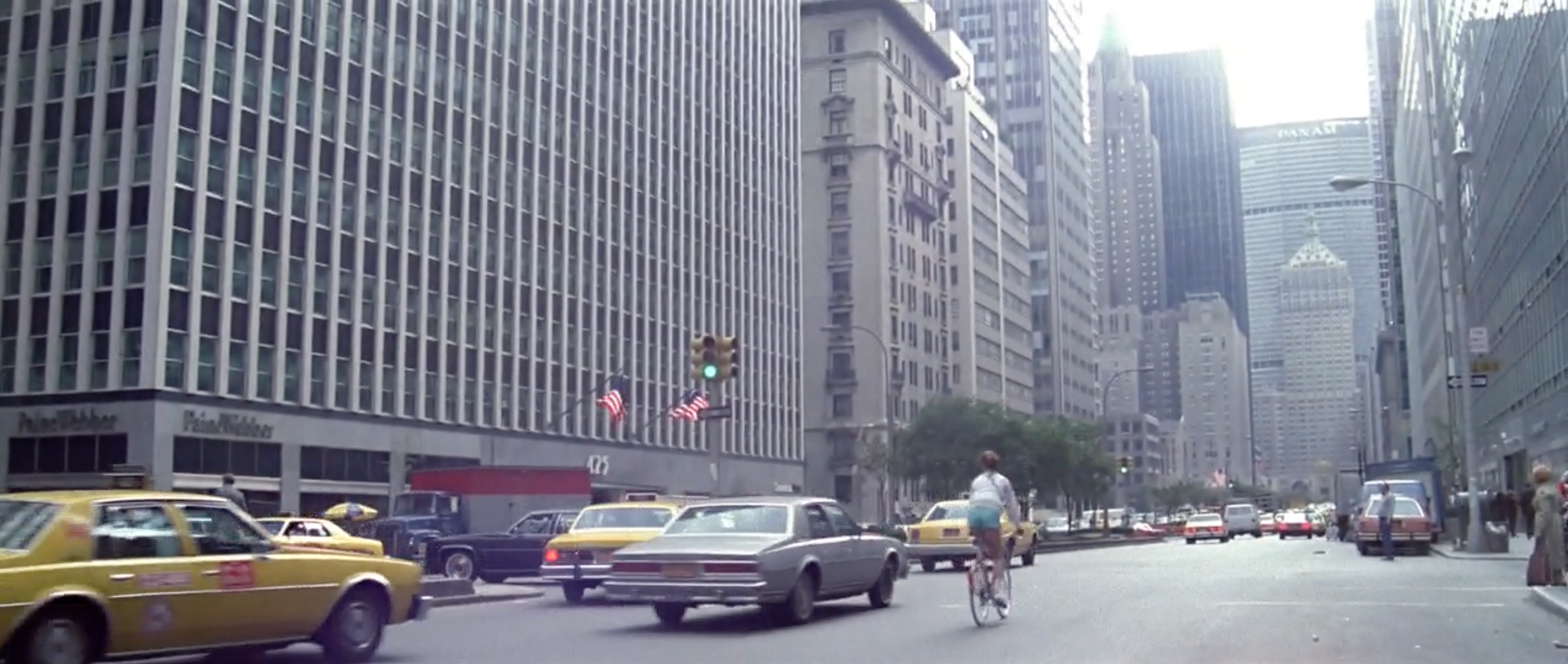 Cycling towards the Pan Am building and certain doom in The New York Ripper